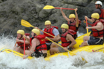 Rafting in Pacuare River Costa Rica