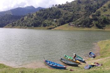 lake nepal