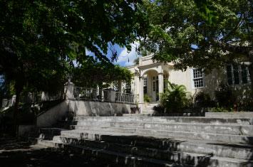 hemingway house cuba