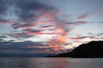 sunset lake kivu
